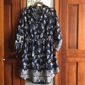 Woman's knee length 3/4 sleeve dress